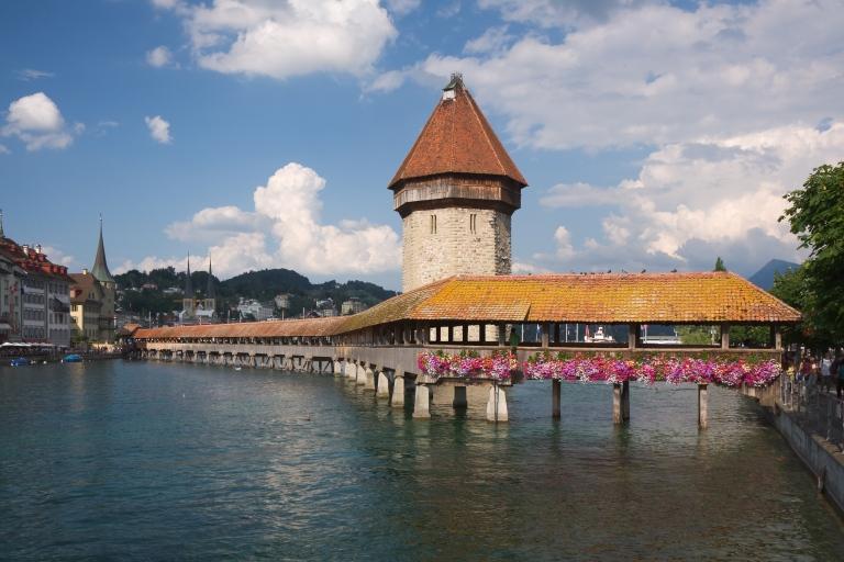 Luzern_Kapellbruecke.jpg